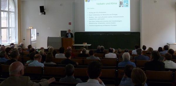 Auditorium bei der Vortragsveranstaltung mit Michael CRAMER (MdEP) am 11. Mai 2015